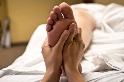 Luftdruckmassage der Massagesessel im Test